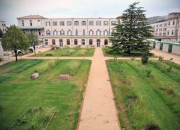 Hopital_St.marguerite-jardin